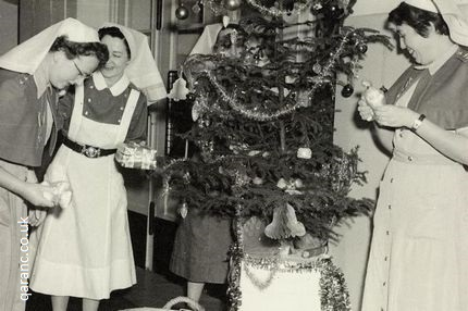 decorating christmas tree bmh iserlohn 1958